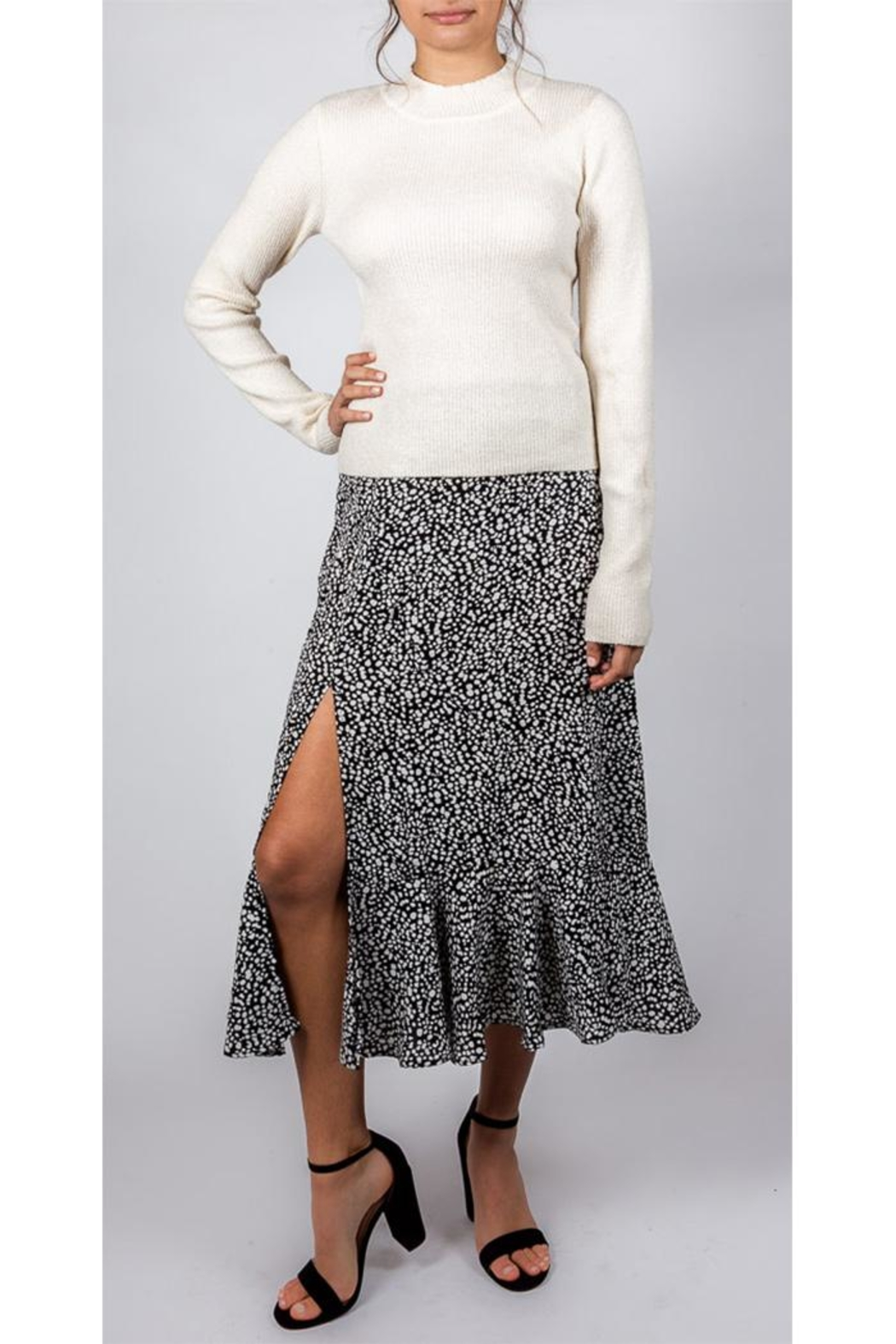 Mustard Seed Spotted Midi Skirt - Side Cropped Image