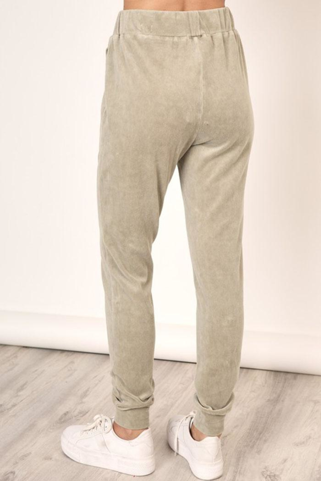 Mustard Seed Washed Velour Sweatpants - Side Cropped Image