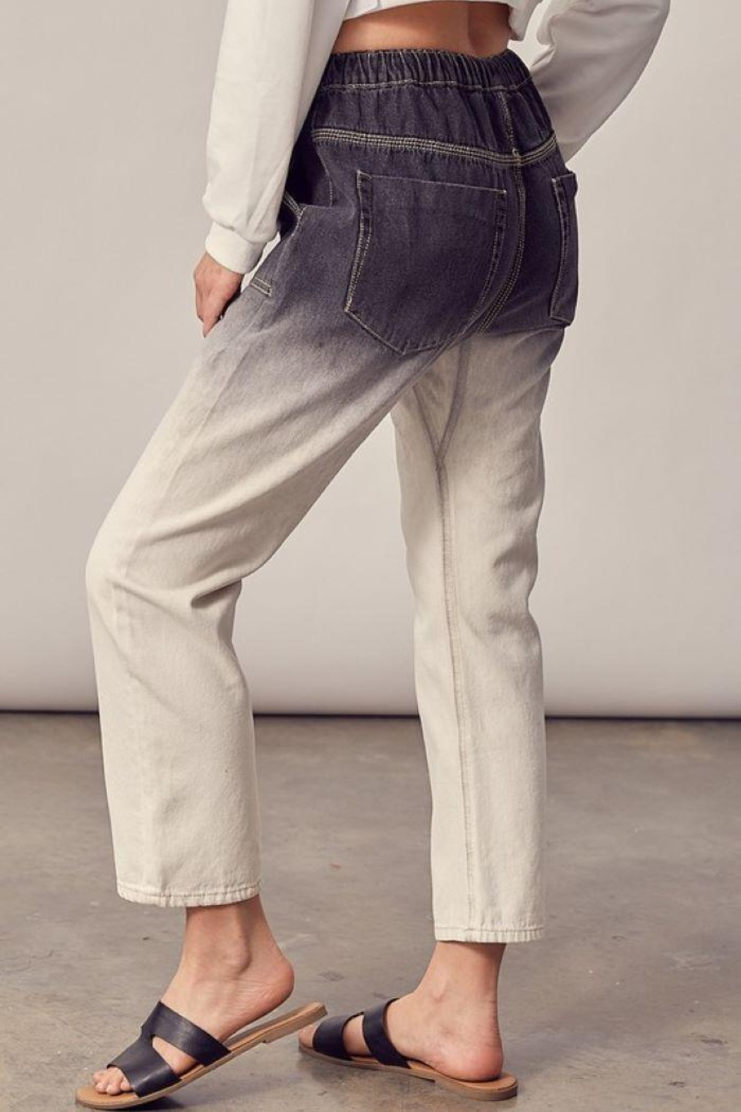 Mustard Seed Woven Ombre Cropped Jeans - Back Cropped Image