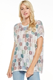 Inoah Muted  Dot Top - Front cropped