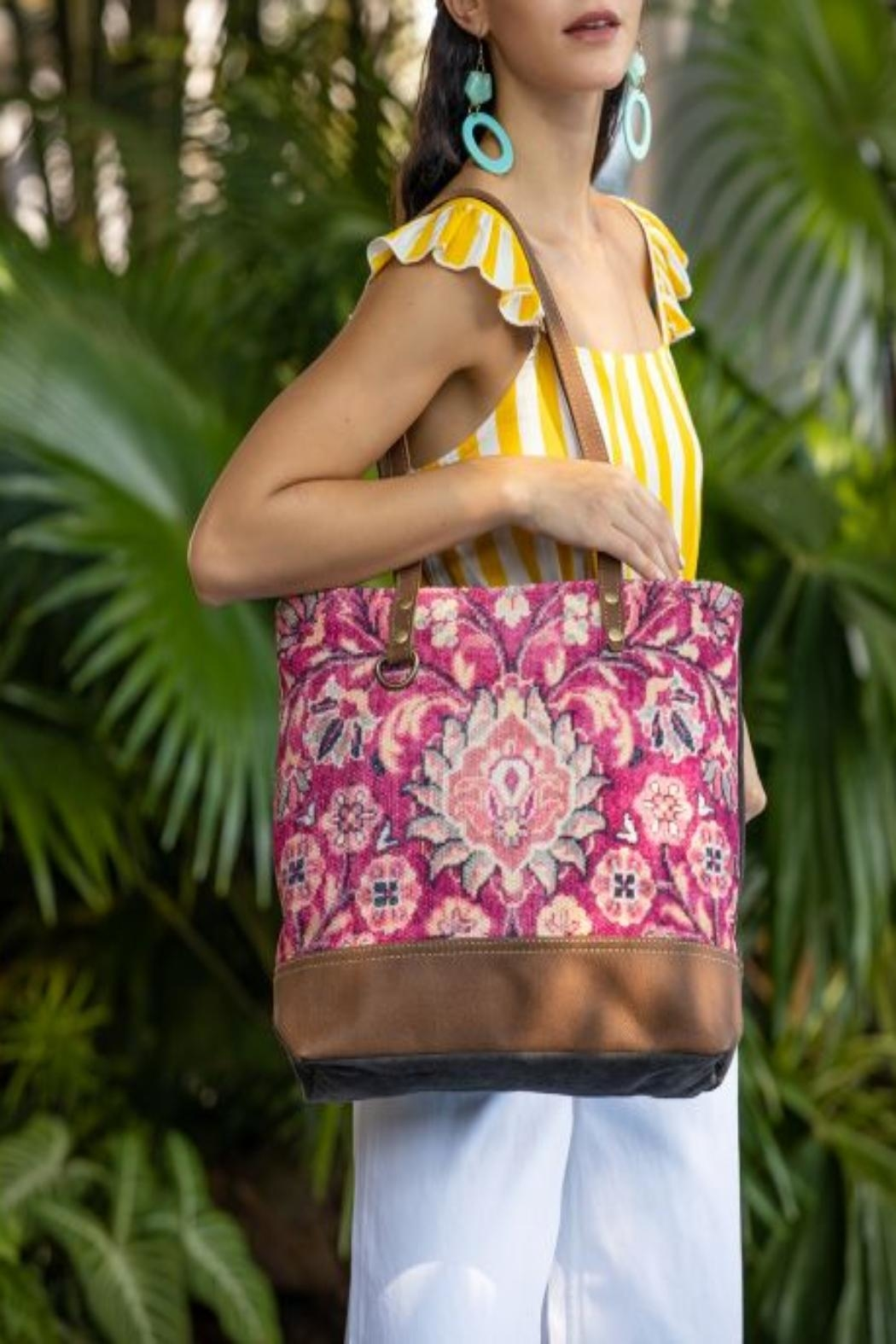 Myra Bags Blossomy-Pink Tote Bag - Front Cropped Image