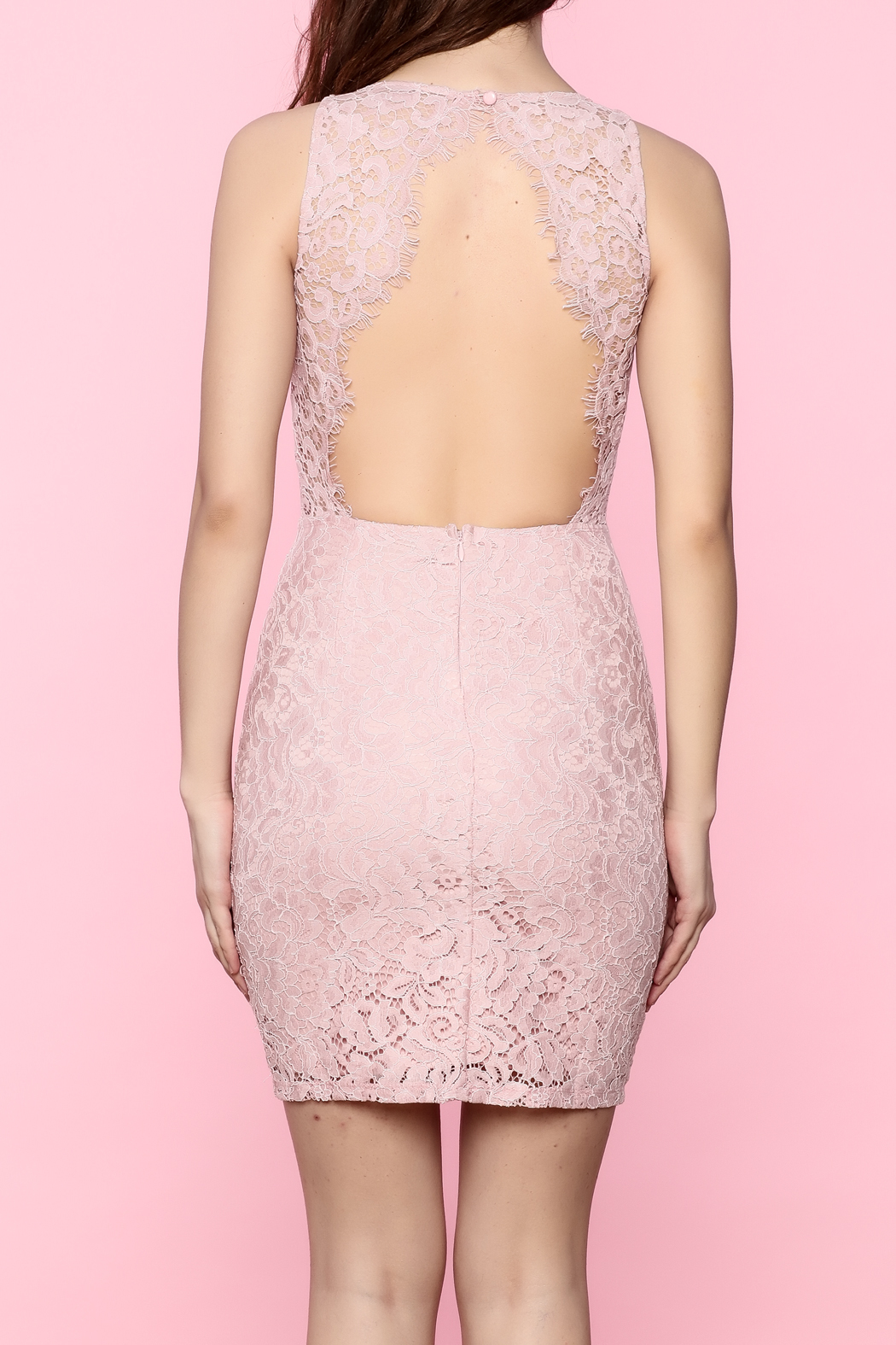 Back open lace cocktail dress forecast to wear in summer in 2019