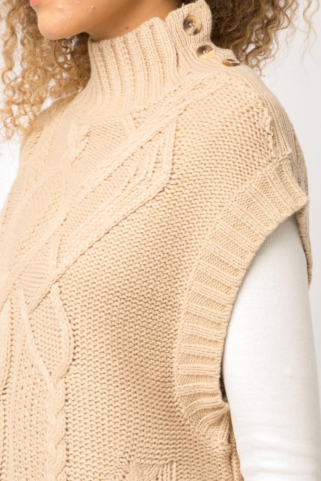 Mystree Cable Knit Sweater-Vest - Back Cropped Image
