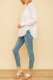 Mystree Crinkle Button Down - Side cropped