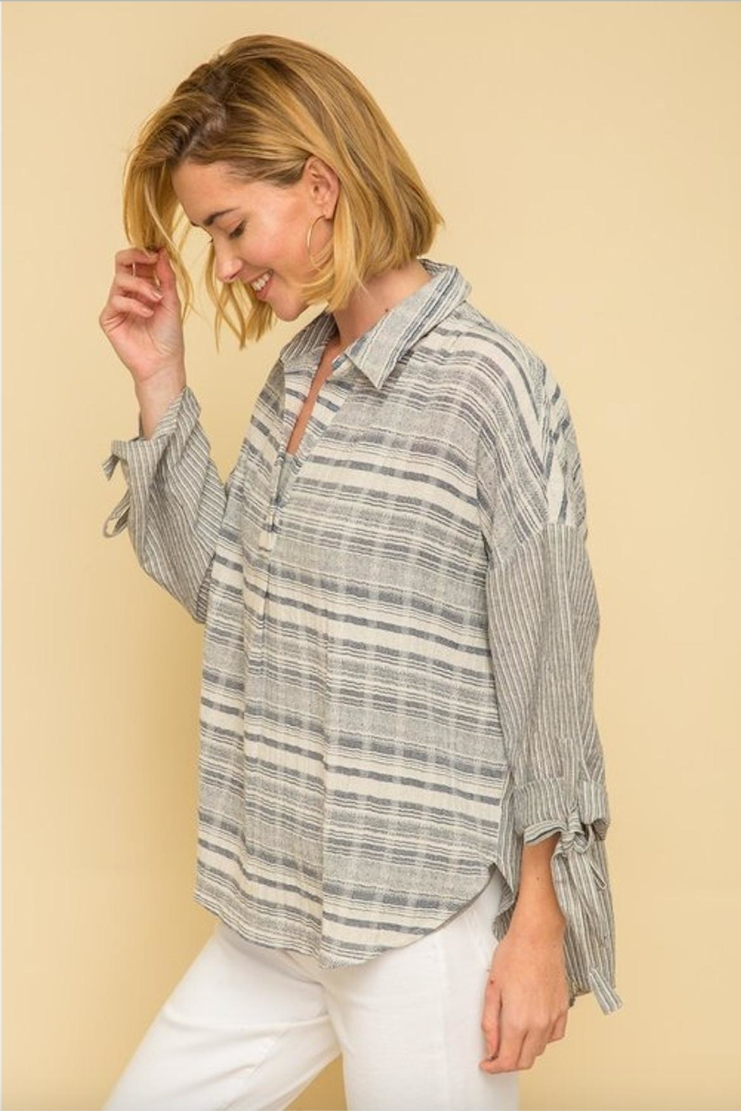 Mystree Textured Stripe Blouse - Side Cropped Image