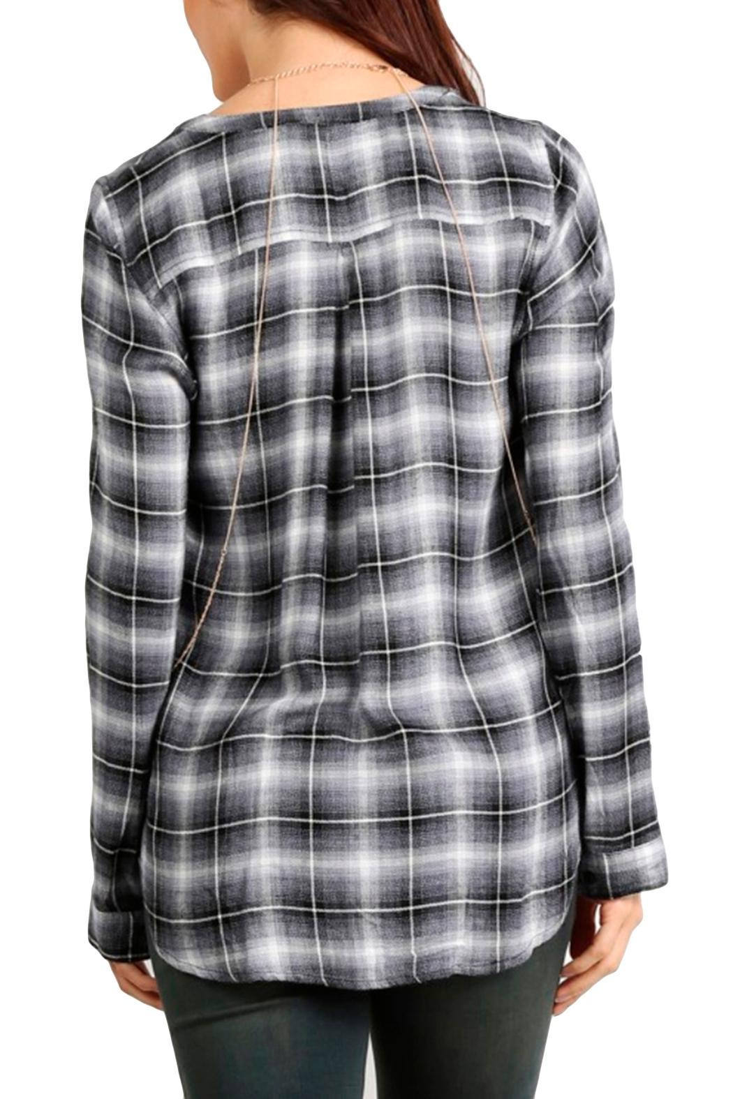 Mystree Twisted Plaid Top - Side Cropped Image