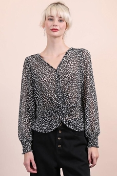 n/a Black & White Print Blouse - Product List Image