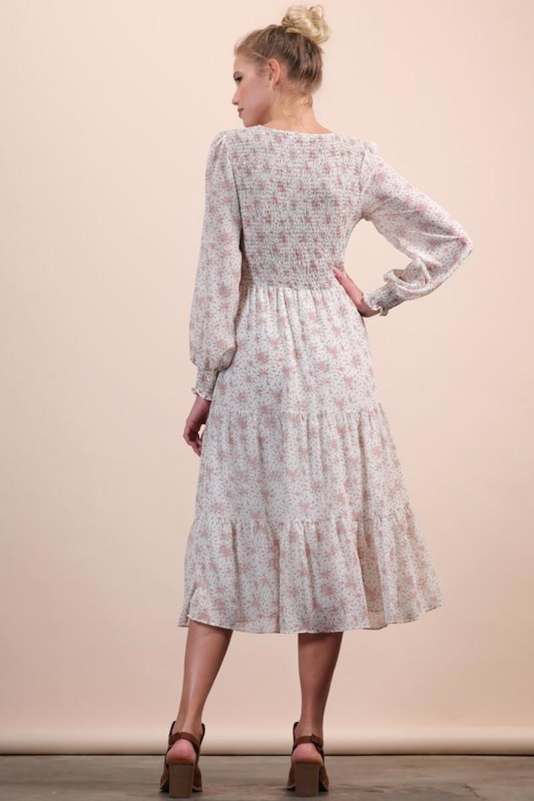 n/a Darling Dainty Floral Midi - Back Cropped Image