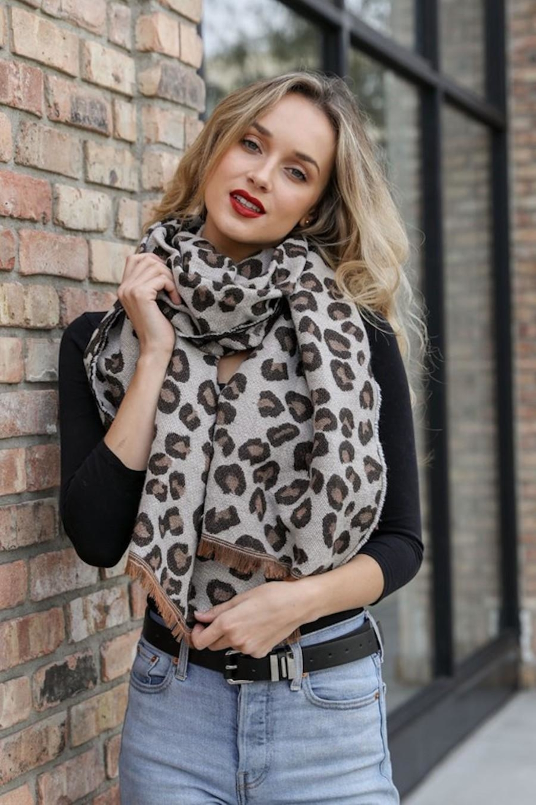 n/a Leopard Animal Print Scarf - Front Full Image