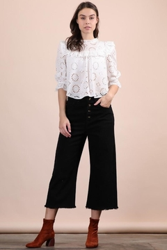 n/a Lovely White Eyelet Top - Alternate List Image