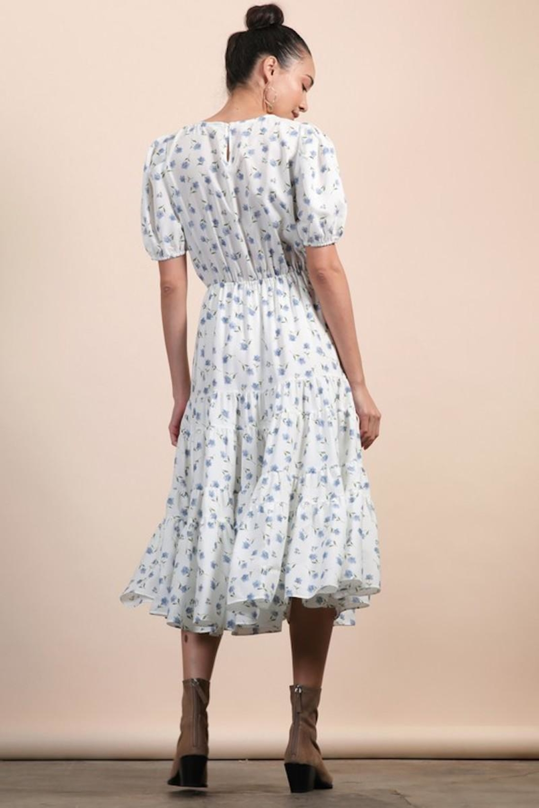 n/a White Dainty Floral Layered Pocket Midi - Back Cropped Image
