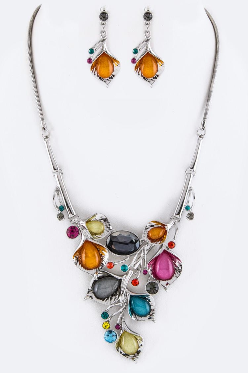 Nadya's Closet Crystal Flowers Necklace-Set - Main Image