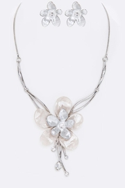 Nadya's Closet Enamel Flower Necklace Set - Front cropped