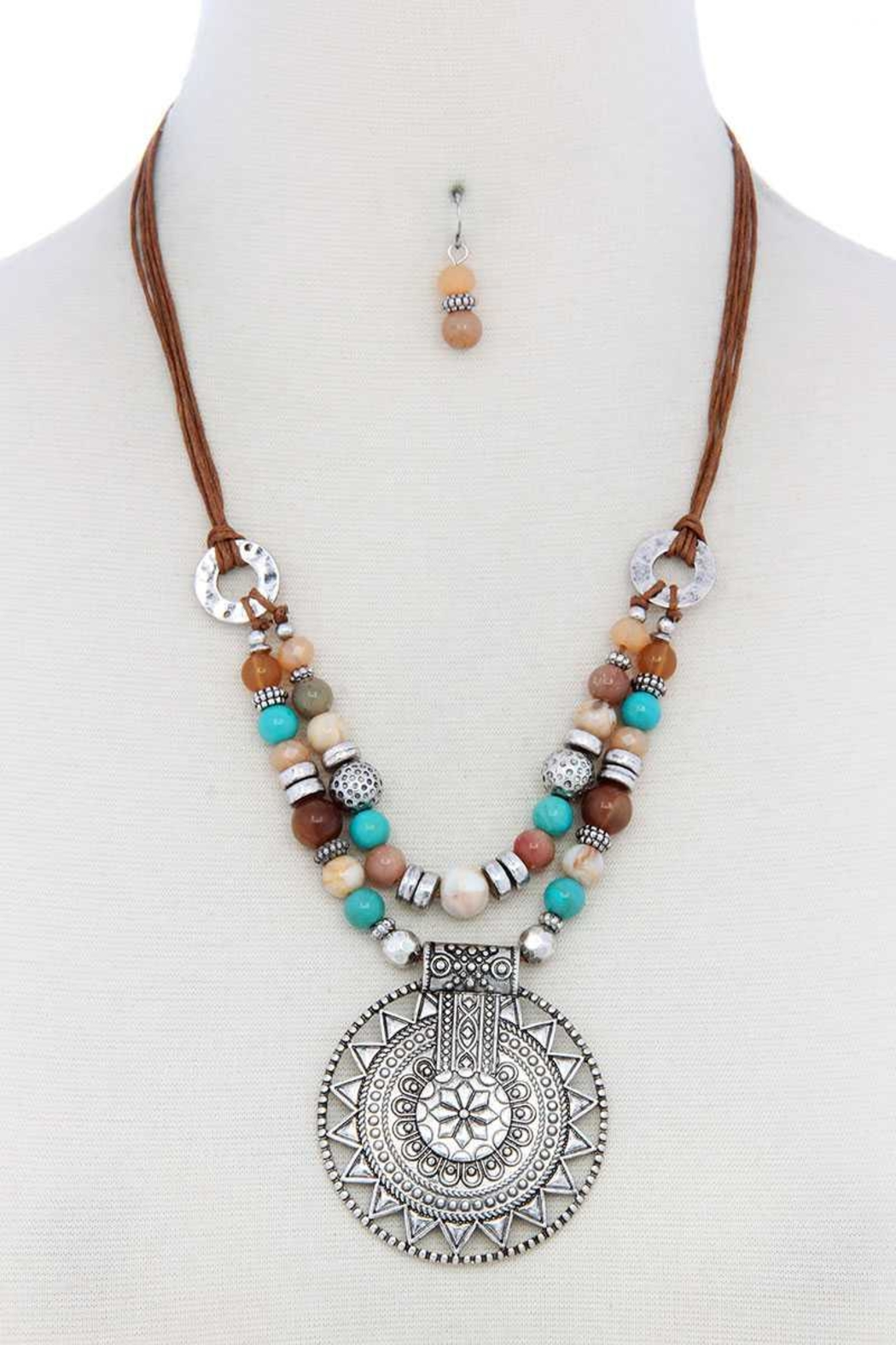 Nadya's Closet Metal Circle Beaded Necklace - Main Image