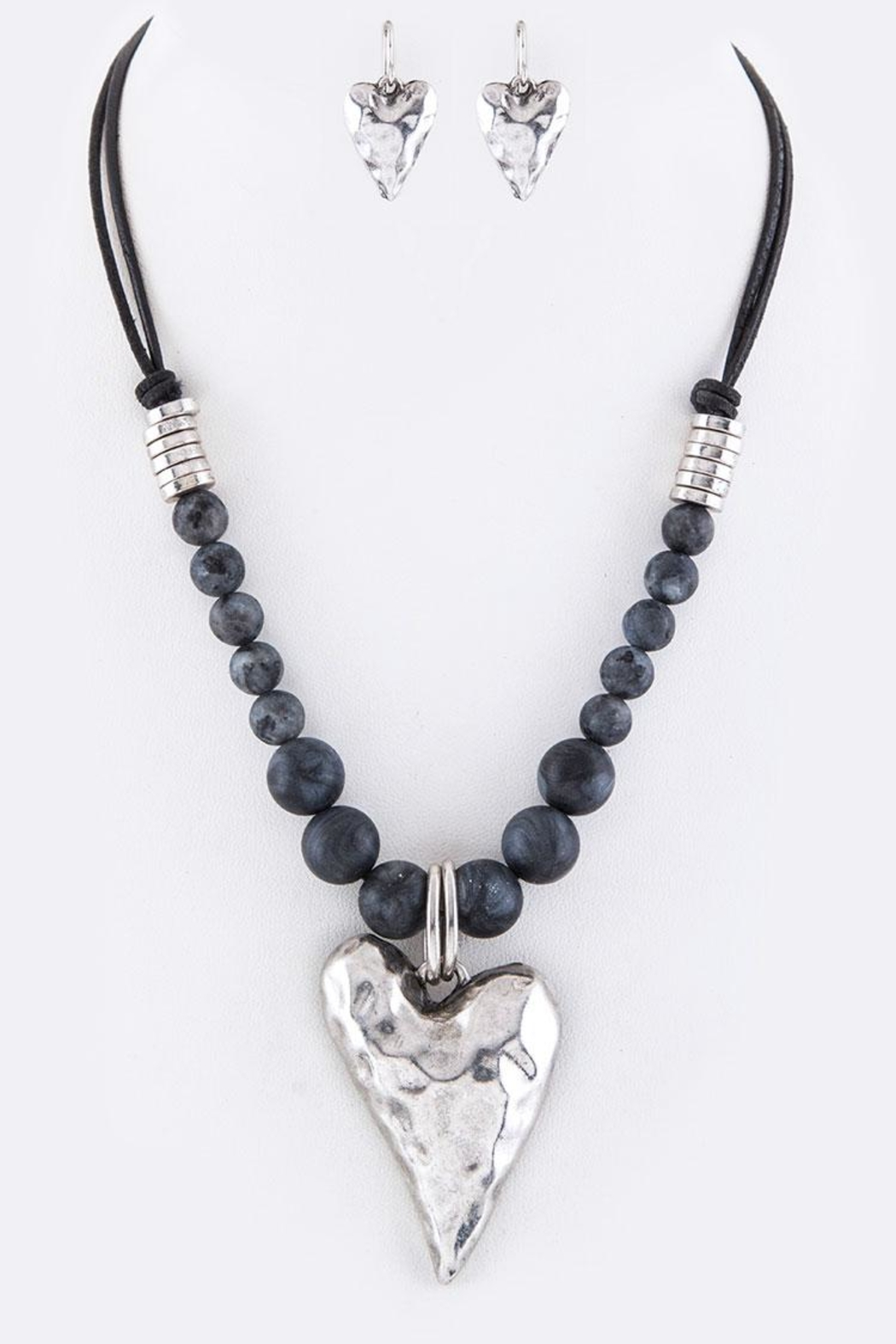 Nadya's Closet Metal Heart Necklace-Set - Front Cropped Image
