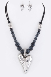 Nadya's Closet Metal Heart Necklace-Set - Front cropped