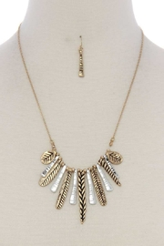Nadya's Closet Vertical Bar Short Necklace - Front cropped