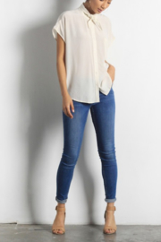 Mod Ref Naomi Top - Front cropped