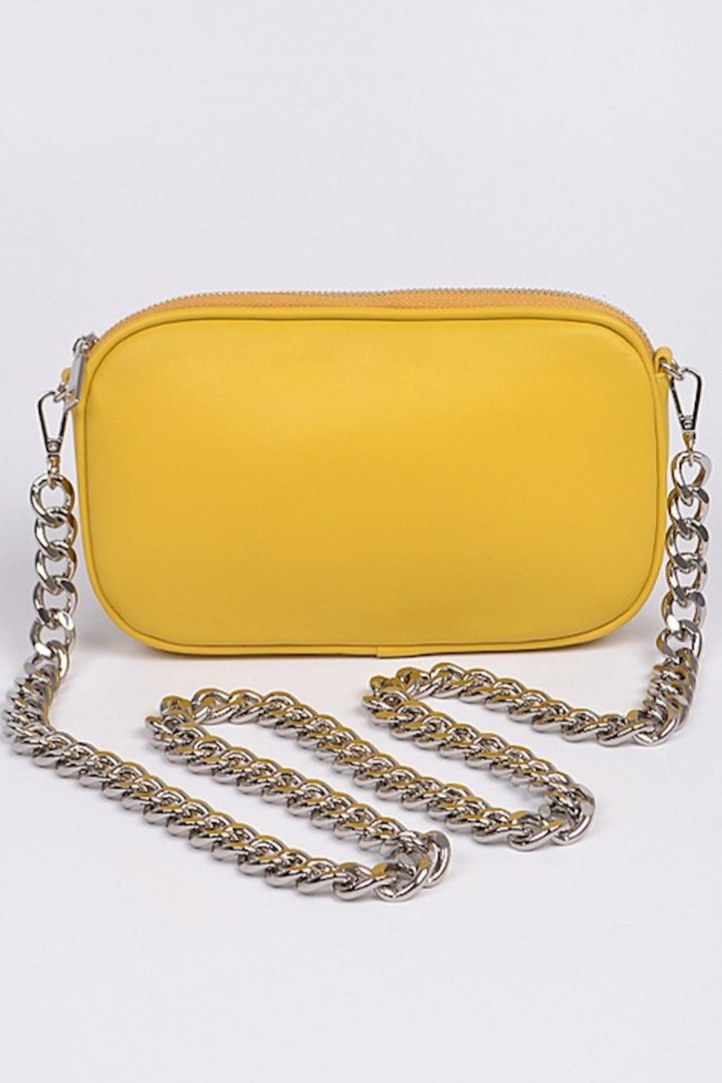 H&D Accessories Nat Chained Clutch - Front Cropped Image