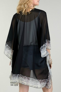 Natasha Couture Fashion Black Snake-Print Kimono - Alternate List Image