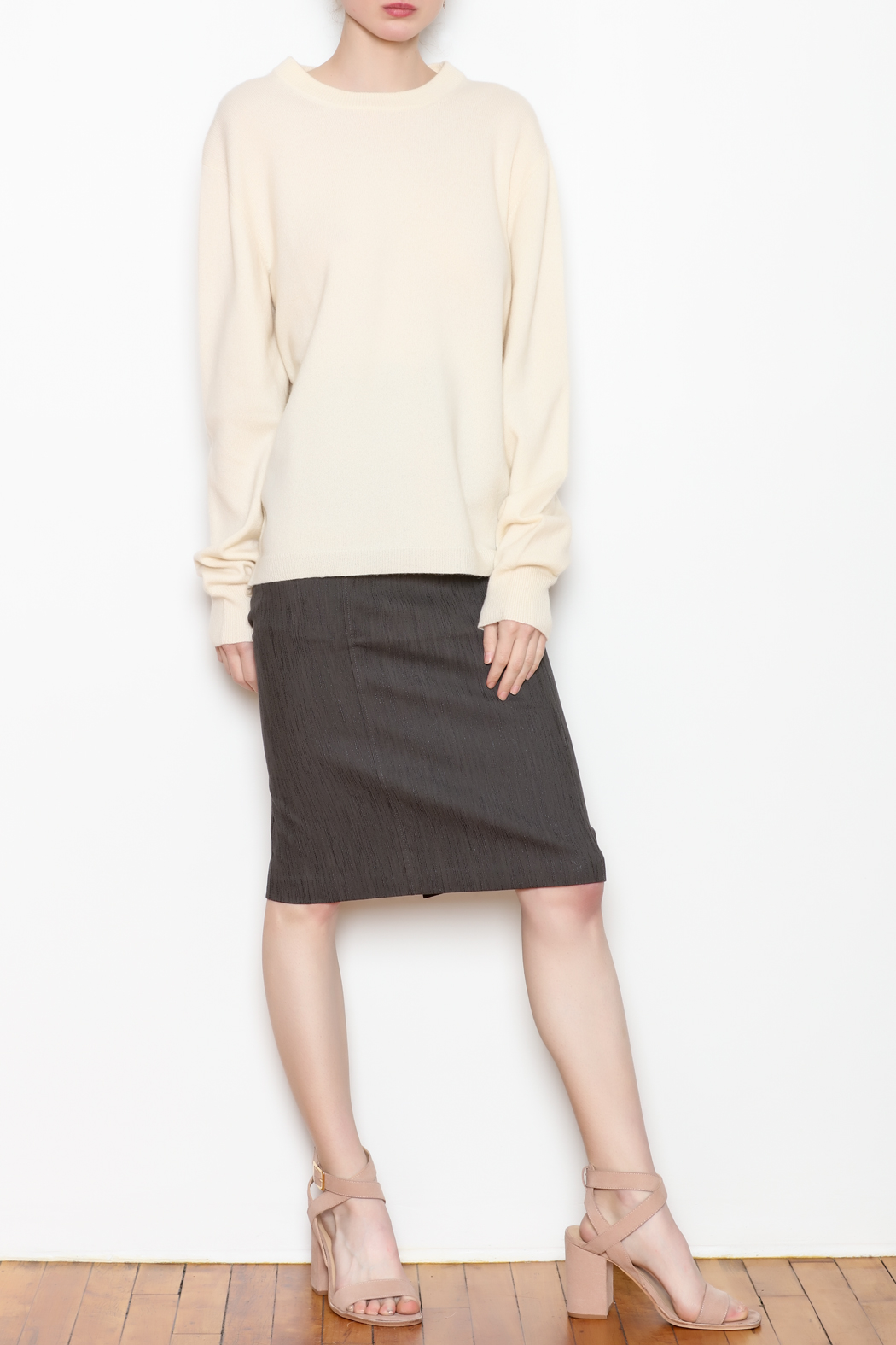 National Cashmere Roundneck Cashmere Sweater - Side Cropped Image