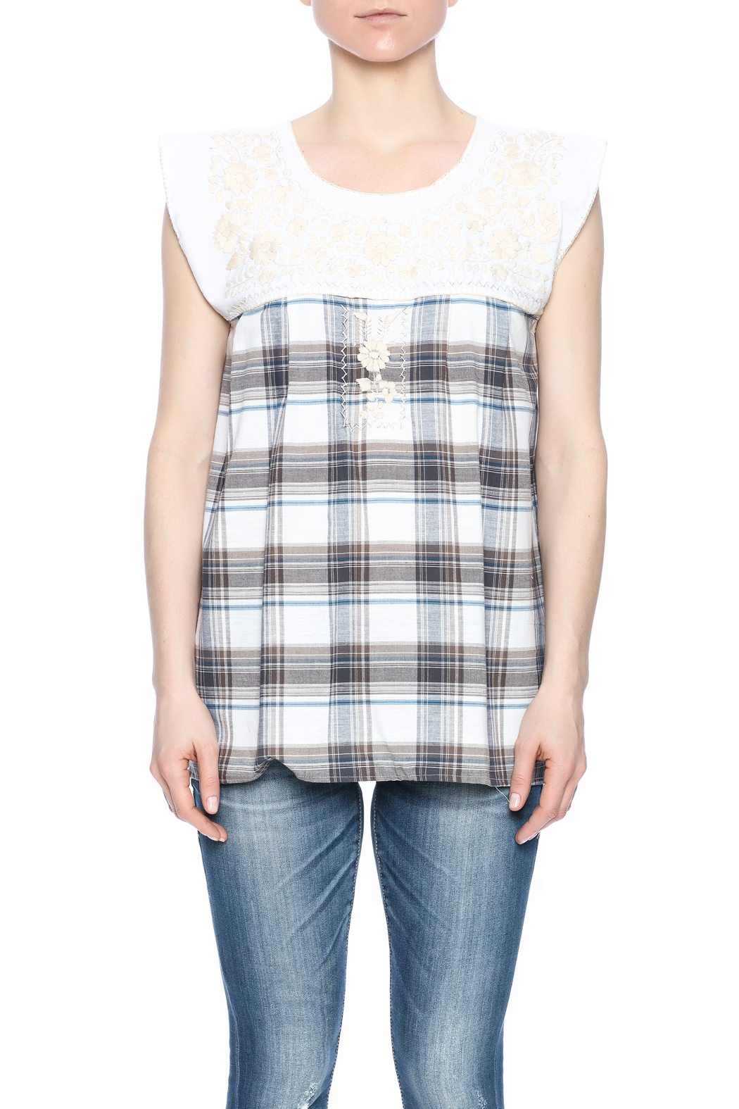 Nativa Embroidered Plaid Blouse - Side Cropped Image