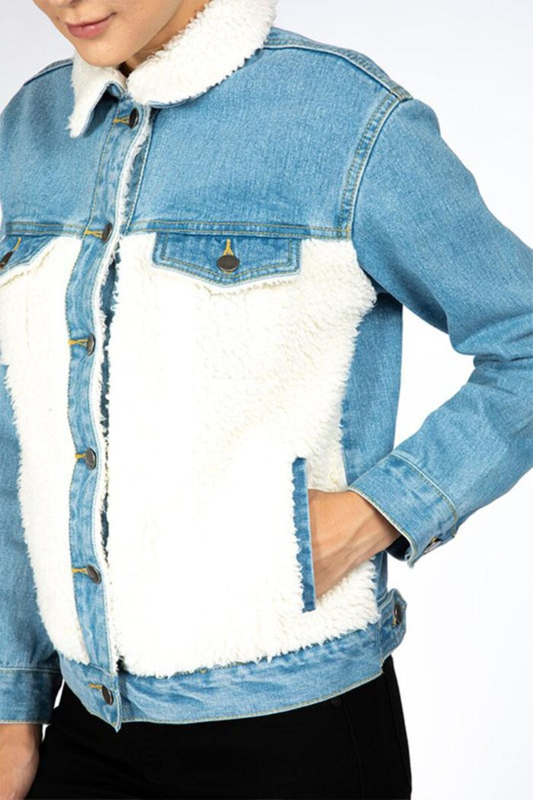 Nature Denim Sherpa Denim Jacket - Side Cropped Image