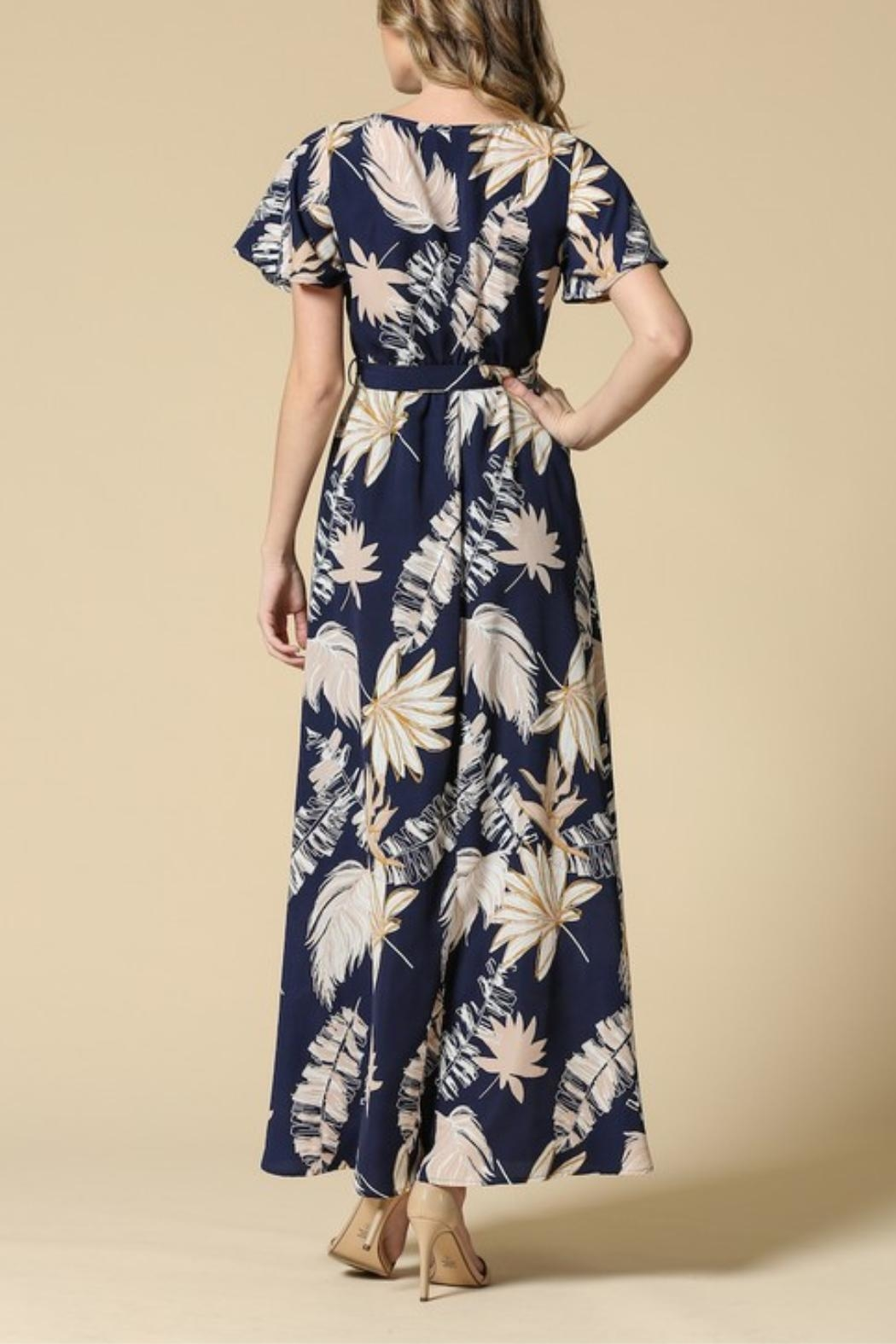 Illa Illa Navy Floral Dress - Side Cropped Image