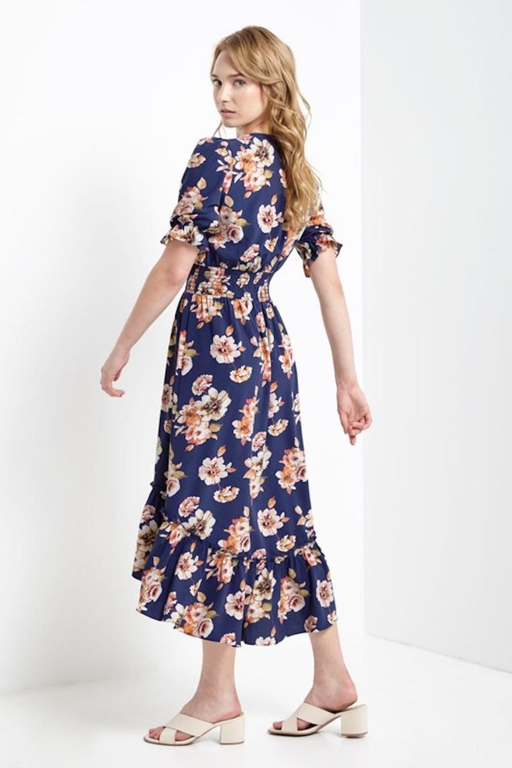 Soprano Navy Floral Maxi - Side Cropped Image