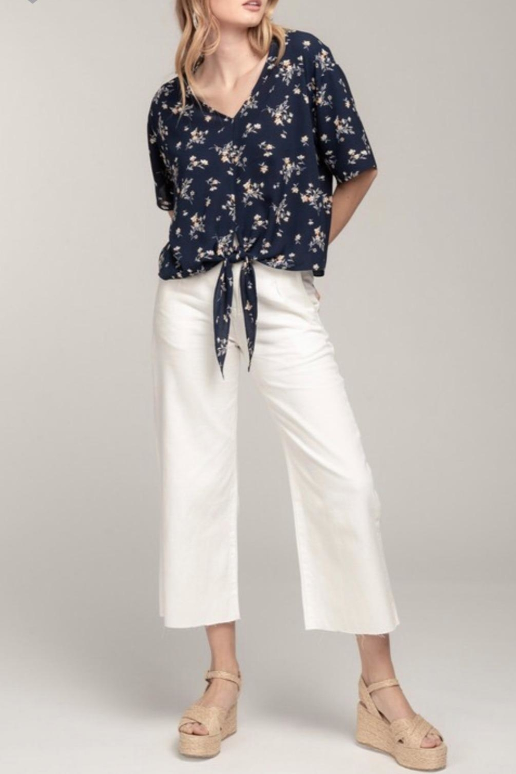 Everly Navy Floral Top - Front Full Image