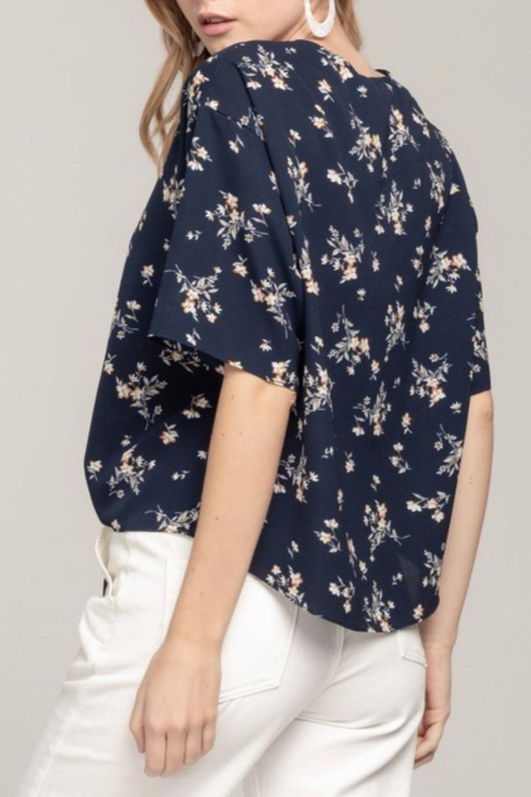 Everly Navy Floral Top - Back Cropped Image