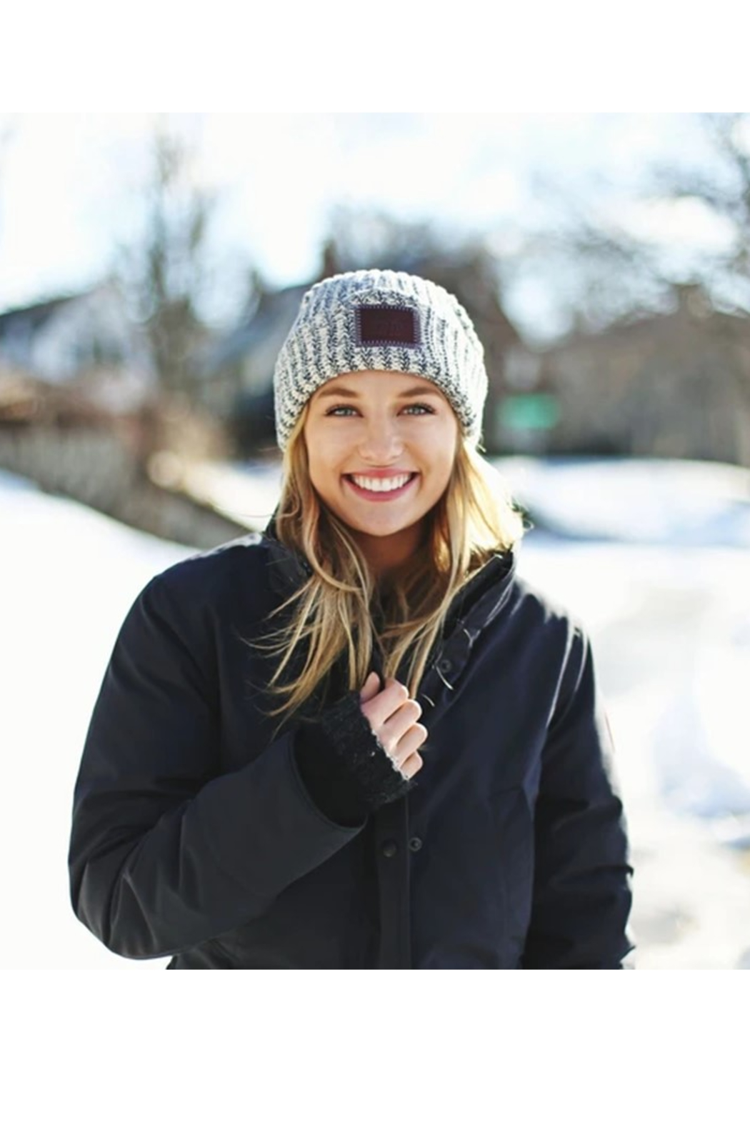 Love Your Melon Navy Speckled Cuffed Beanie - Side Cropped Image
