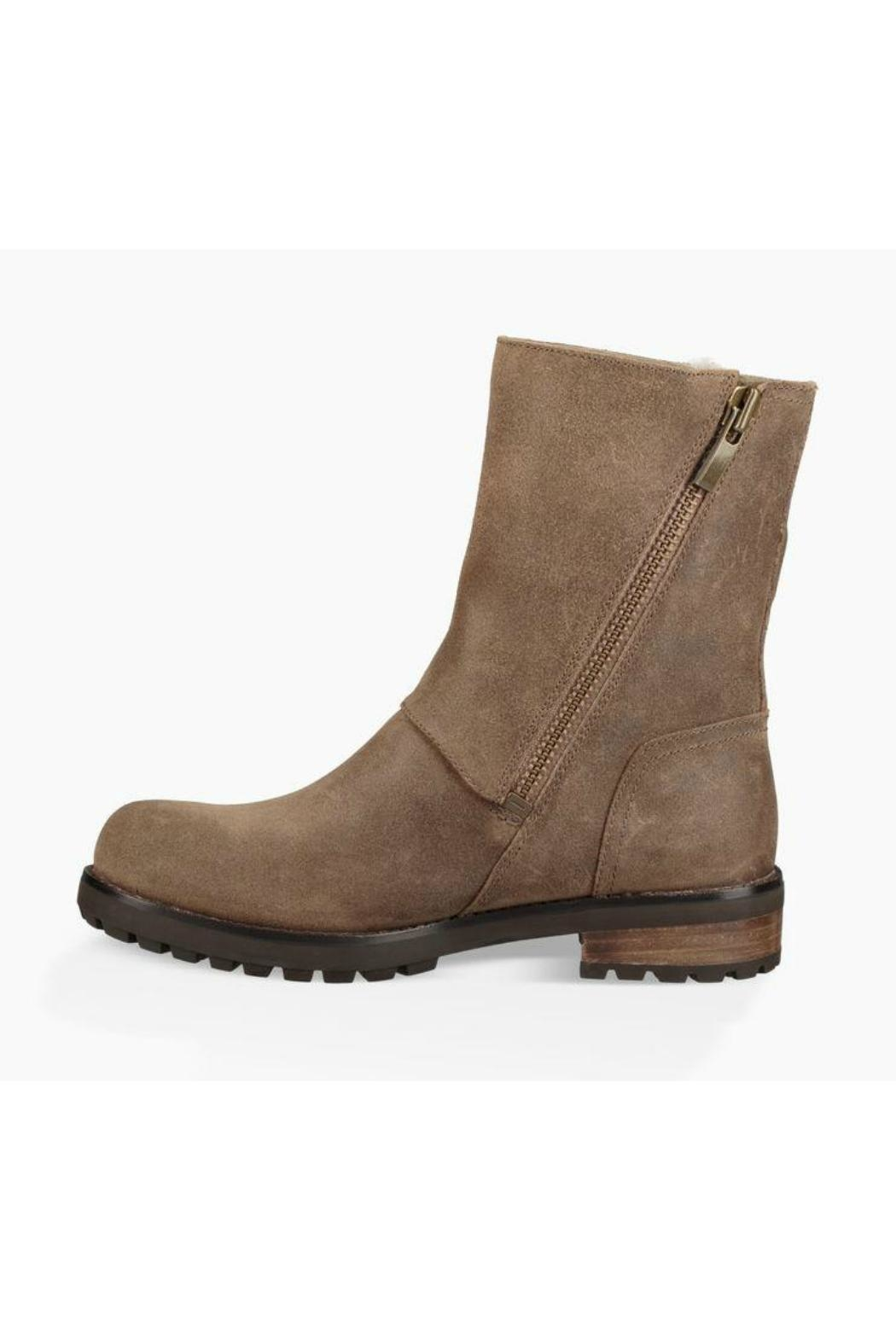 UGG Australia Neil Everyday Boot - Side Cropped Image