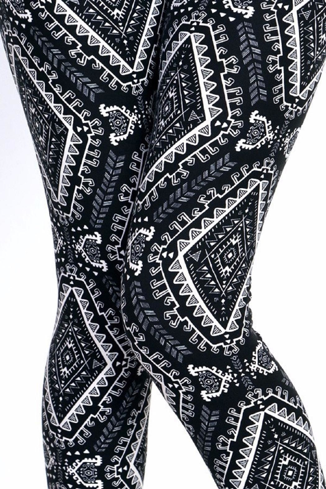 New Mix Black & White Prints Leggings - Back Cropped Image