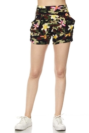 New Mix Floral Camo Short - Front cropped