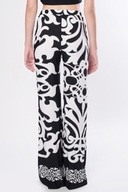 Nicola Antoni Printed Palazzo Pants - Front full body
