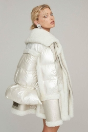Nicole Benisti Montaigne Shearling Puffer - Side cropped