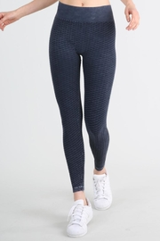 Nikibiki Wave Texture Leggings - Front cropped