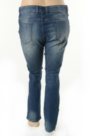 Nine Planet Curvy Distressed Jeans - Front full body