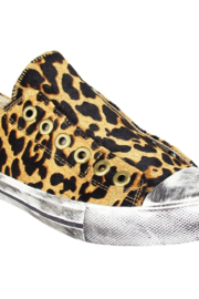 Naughty Monkey No Lace Sneaker - Front cropped