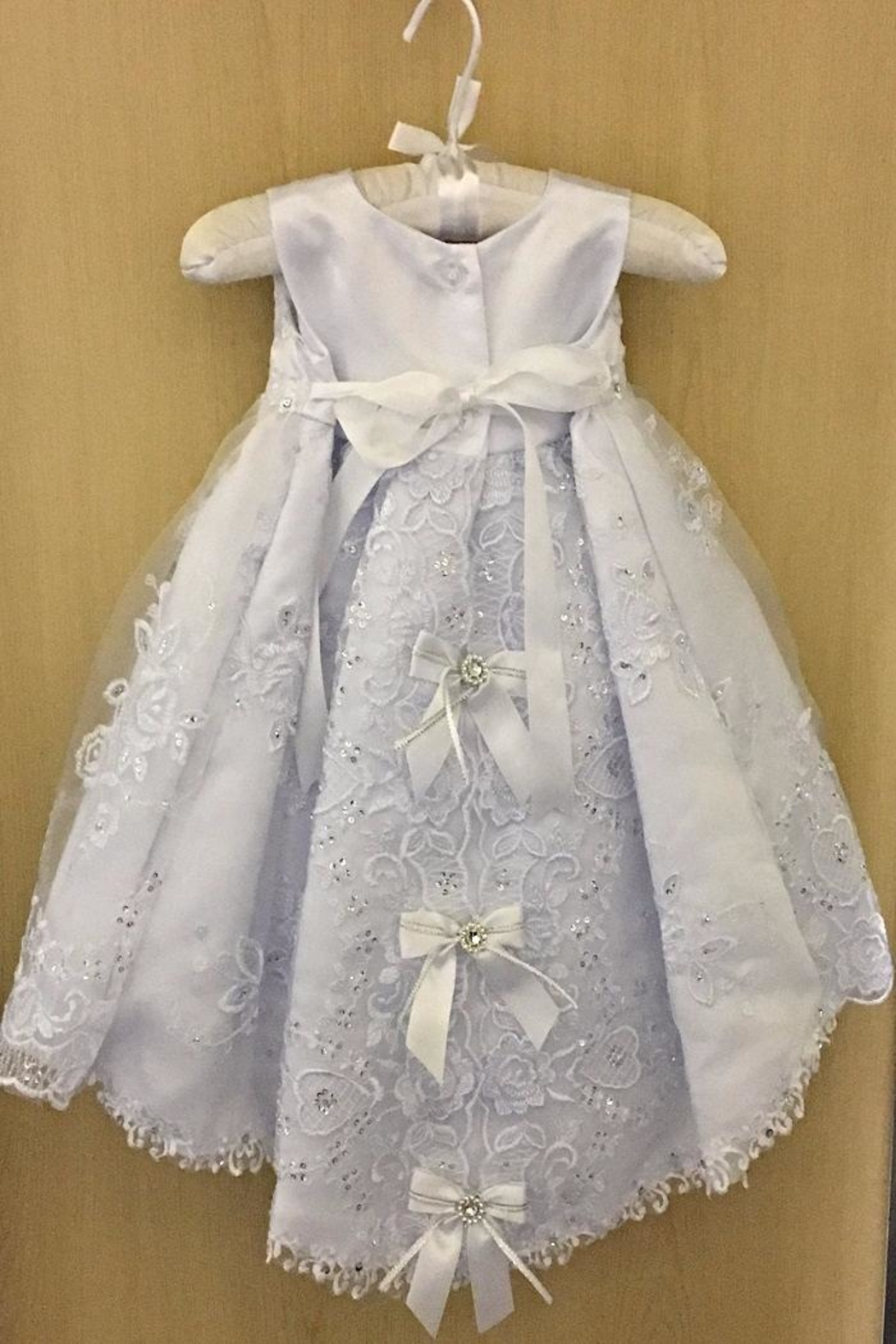 Baptism Gown by Adorable Kids Canada. Christening dresses of all kinds under one roof. Silk christening gowns, organza baptism dresses, taffetta, silk baptism clothes. Best .