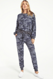 z supply Noa Camo Marled Top - Back cropped