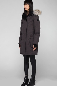 Nobis Abby Parka - Alternate List Image