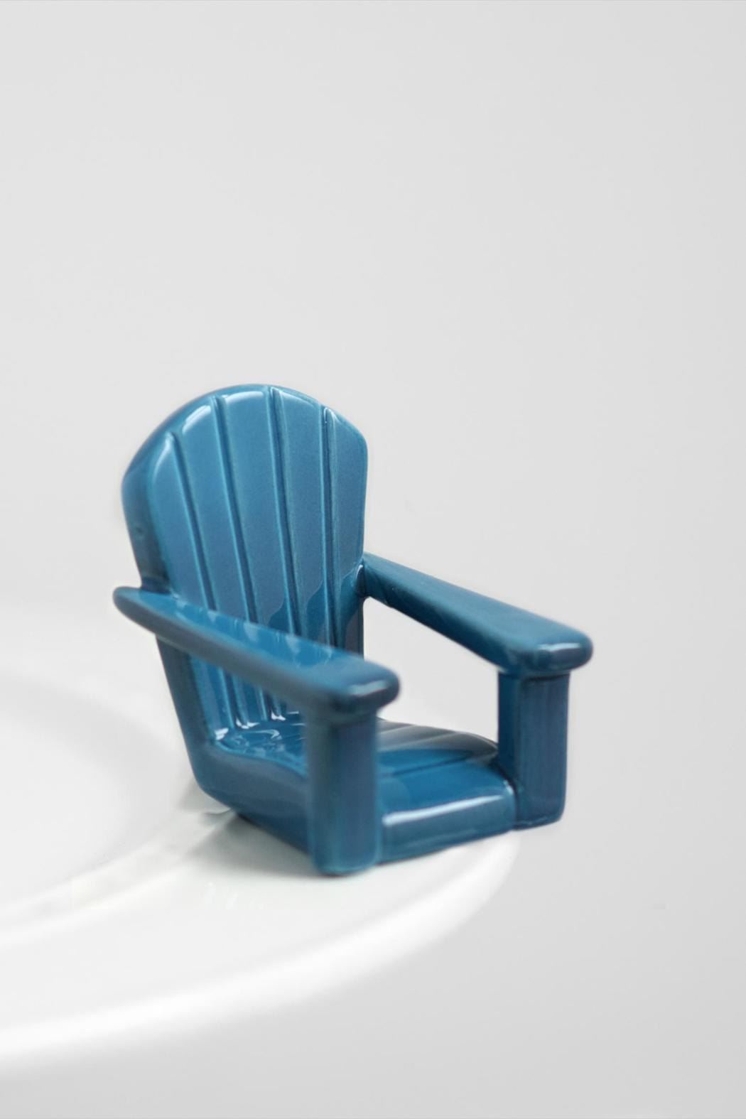 Nora Fleming Chillin Chair Mini - Front Full Image