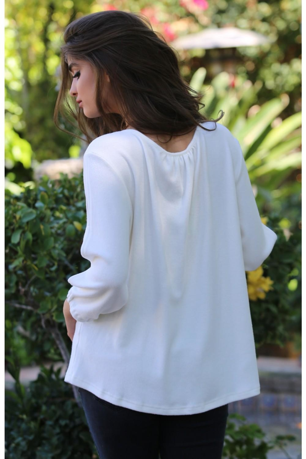 Nostalgia Cut-Out Sleeve Top - Front Full Image