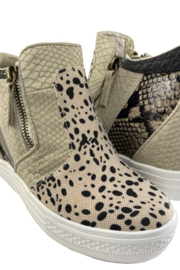 Not Rated Tinaya sneaker - Front full body