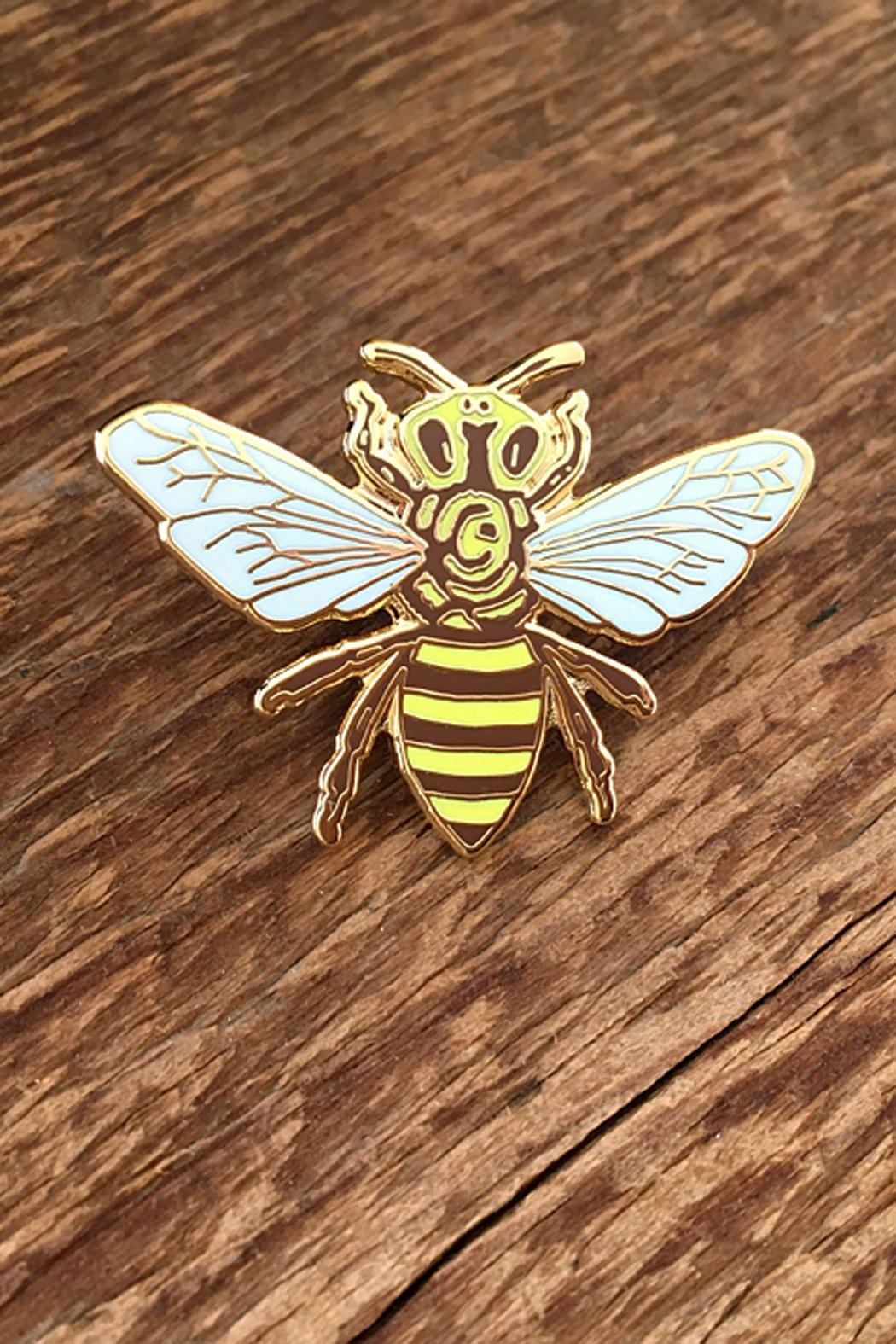 Noteworthy Paper & Press Honey Bee Pin - Main Image