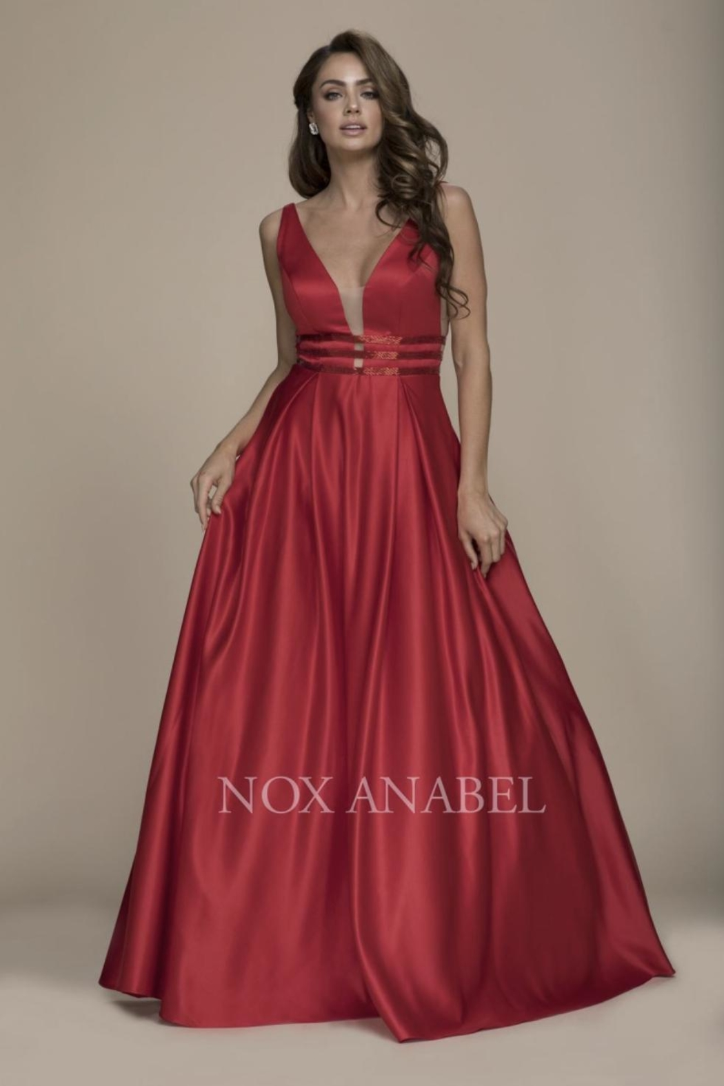 NOX A N A B E L Red Plunging-Back Formal-Dress - Main Image