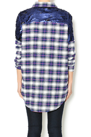 NU New York Artist Flannel - Back cropped