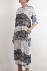 NU New York ABSTRACT TEE DRESS - Front full body